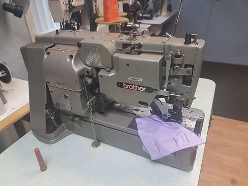 Brother 814 Button hole machine