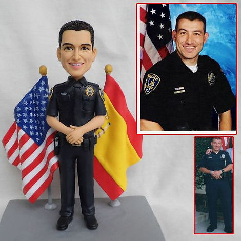 personalized clay figurine police man.jp