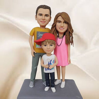 personalized clay figurine parents with