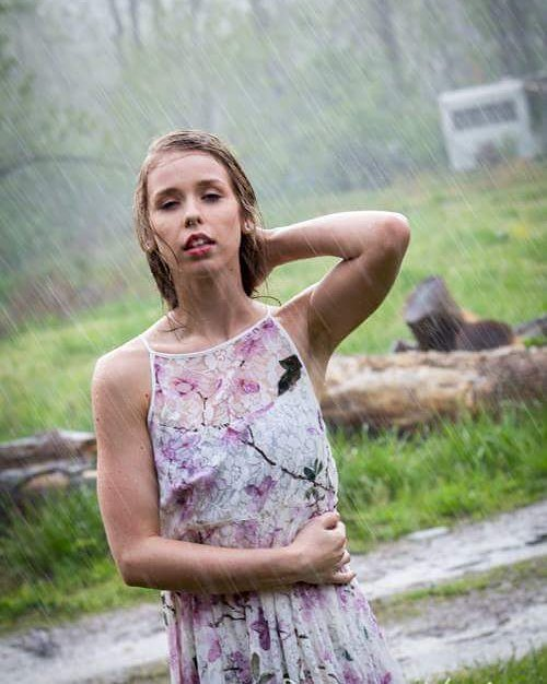 Model_ Sierra Hurley_Photographer_ Richa
