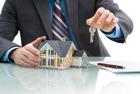 Mortgage-Adviser-1.jpg