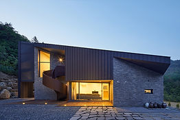 STUDIO EON_SLOPE HOUSE-W03.jpg