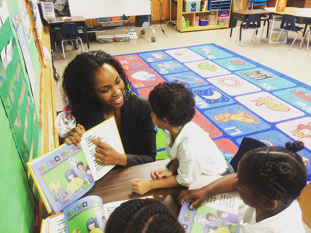 Tawanna Rucker Volunteer Work Elementary Students