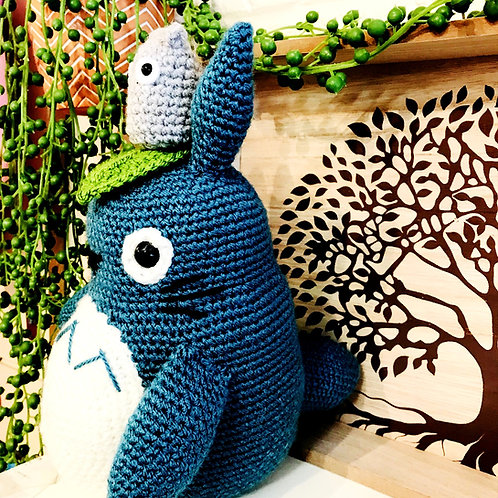 Medium Blue Totoro With Mini Totoro Set