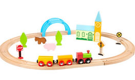 Wooden Toy Train with track 01.jpg