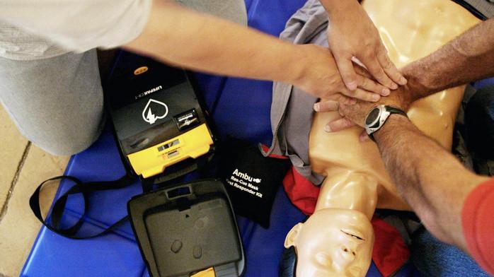 Initiation défibrillateur