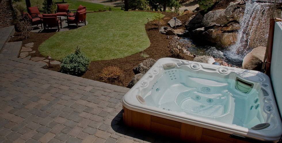 above-groud-spa-hot-tub-in-residential-l