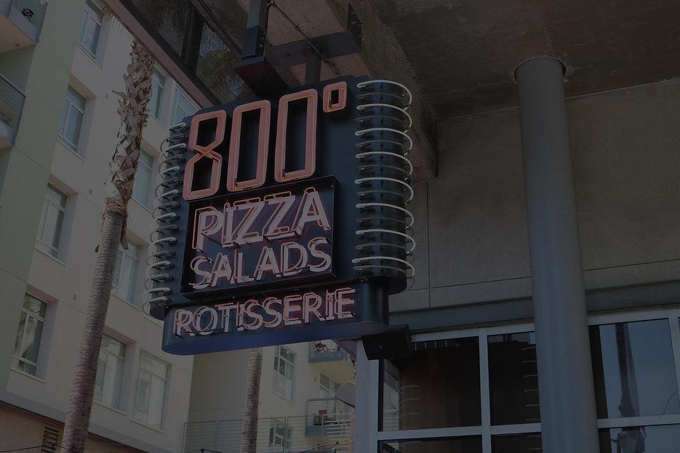 800-degrees-restaurant-marquee-darker.jp