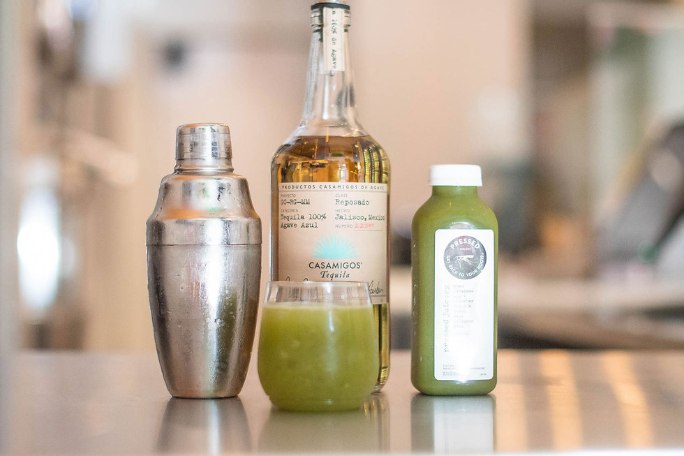 mixed-drink-at-pressed-juicery-grand-ope
