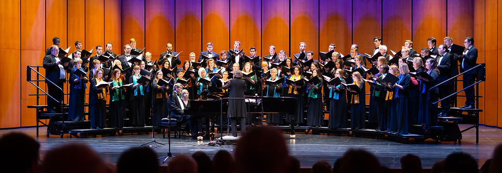 fort-worth-chorale-group-photo-at-concer