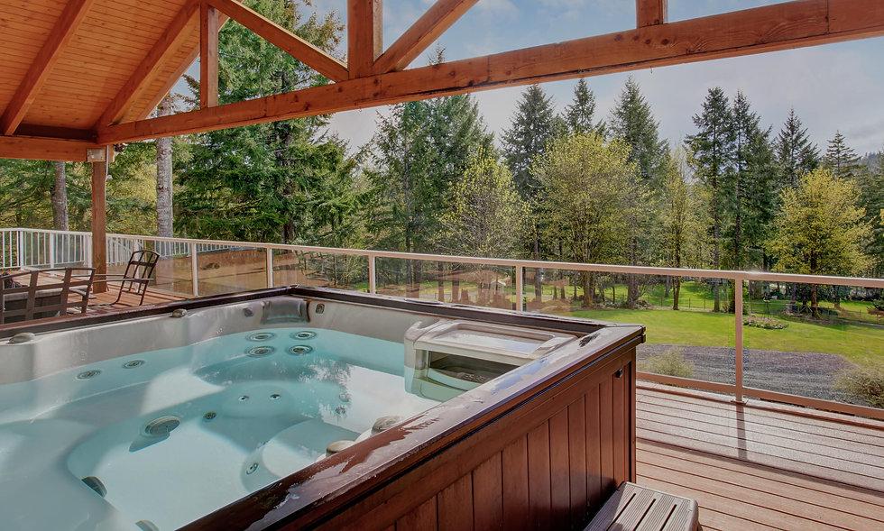 above-ground-spa-under-wooden-deck.jpg