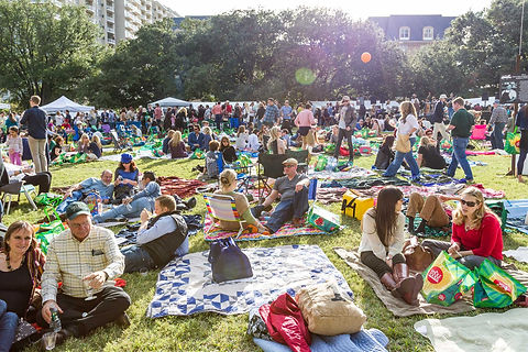 lawn-concert-at-chefs-for-farmers-event-