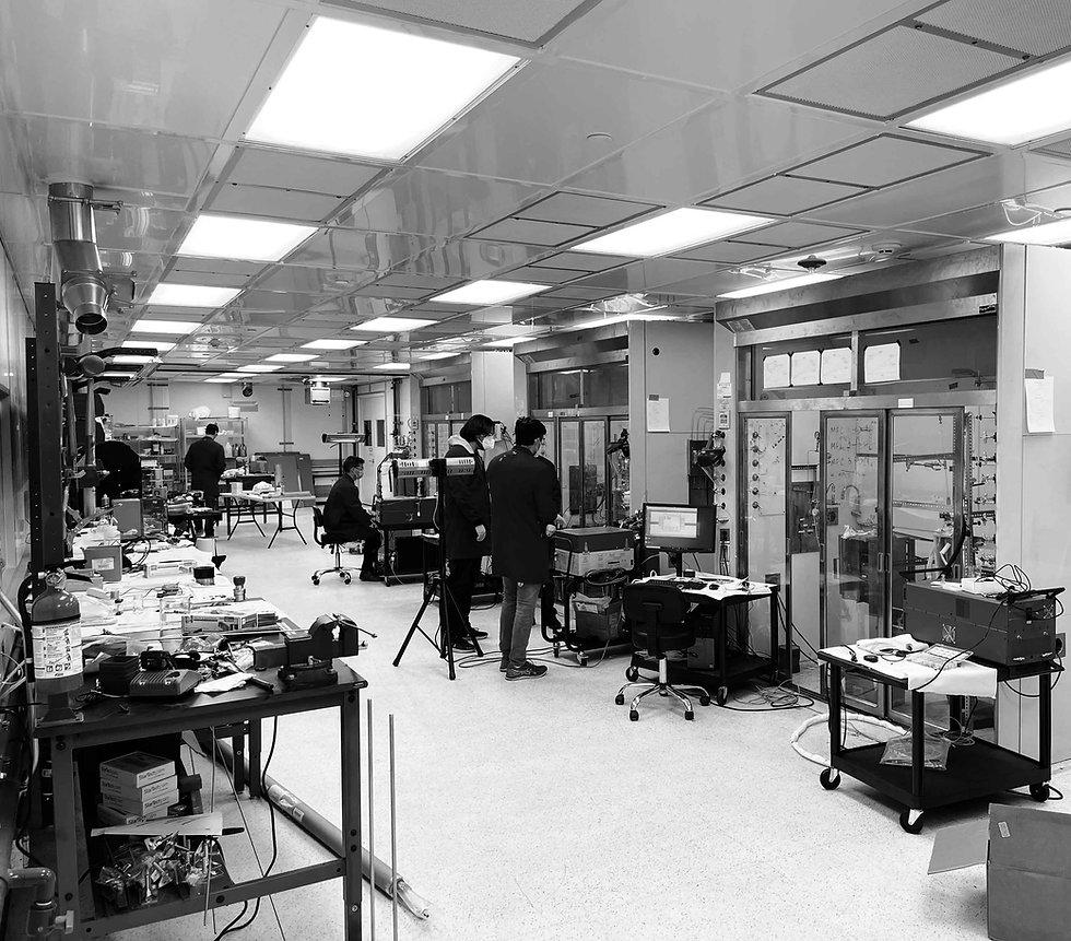 c-zero-laboratory-california-bw.jpg