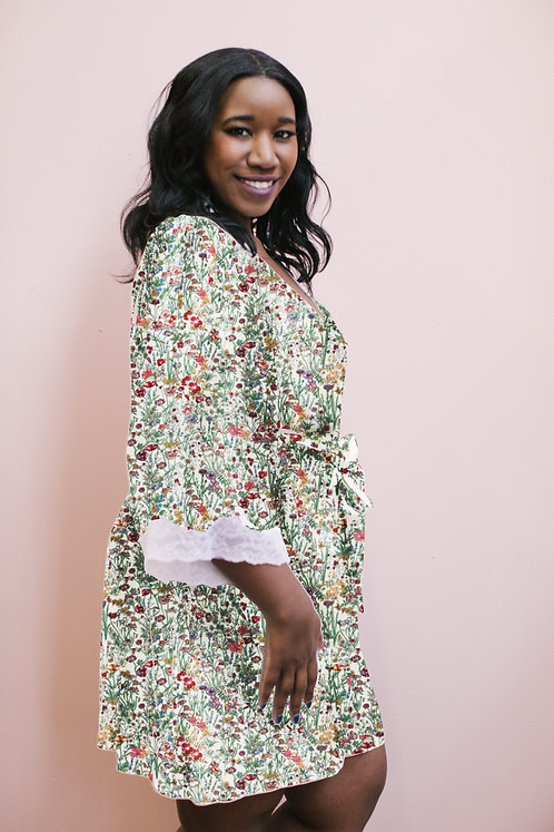 Lacy bell sleeve robe in Floral Haven