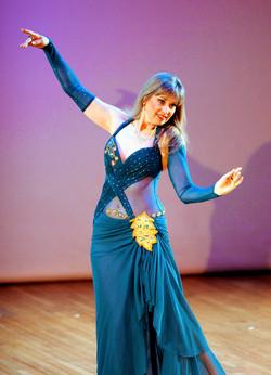Zulaika in Performance 1