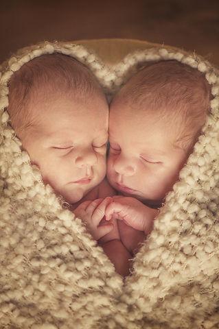 Twins - shape of heart