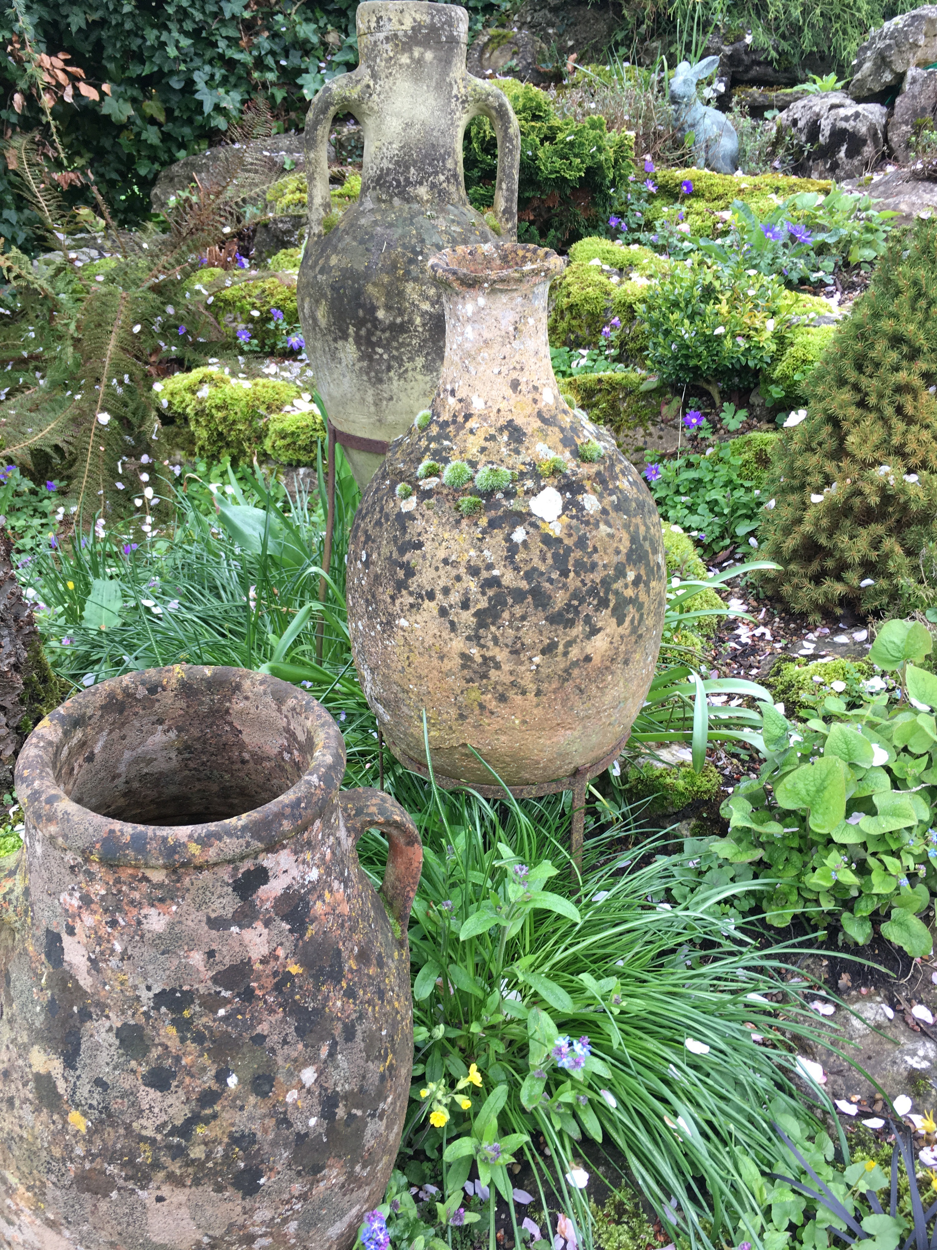 Garden urns