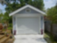 A simple one-car garage by Harvard Heights