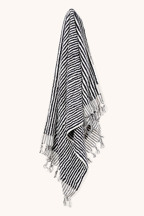 DESIGNER BLACK & WHITE TOWEL