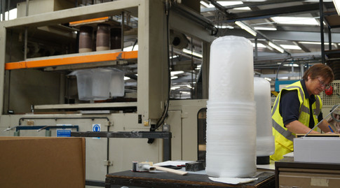 From chemicals to cosmetics, polypropylene pail liners are used in many diverse industry sectors