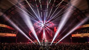 Clay Paky illuminates the German popstar Andreas Bourani