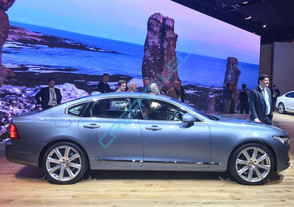 CreateLED reveals new Volvo S90 in style using AirMAG 3X LED Display