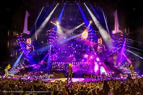 Robert Juliat follows Take That on the Live 2015 tour