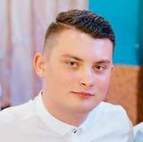 Владимир Александров, страховой агент
