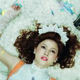 Hashimoto Reika wears Milk #444, 2006