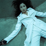 Kuroki Meisa wears Gucci #462, 2006