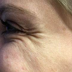 EyeSmileFemaleNomakeup28.jpg