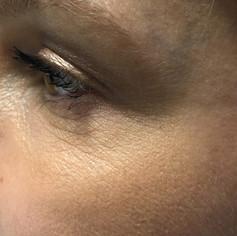 EyeRelaxedFemaleMakeup39.jpg