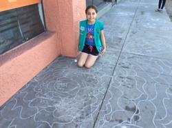 Do Happy Day sidewalk art