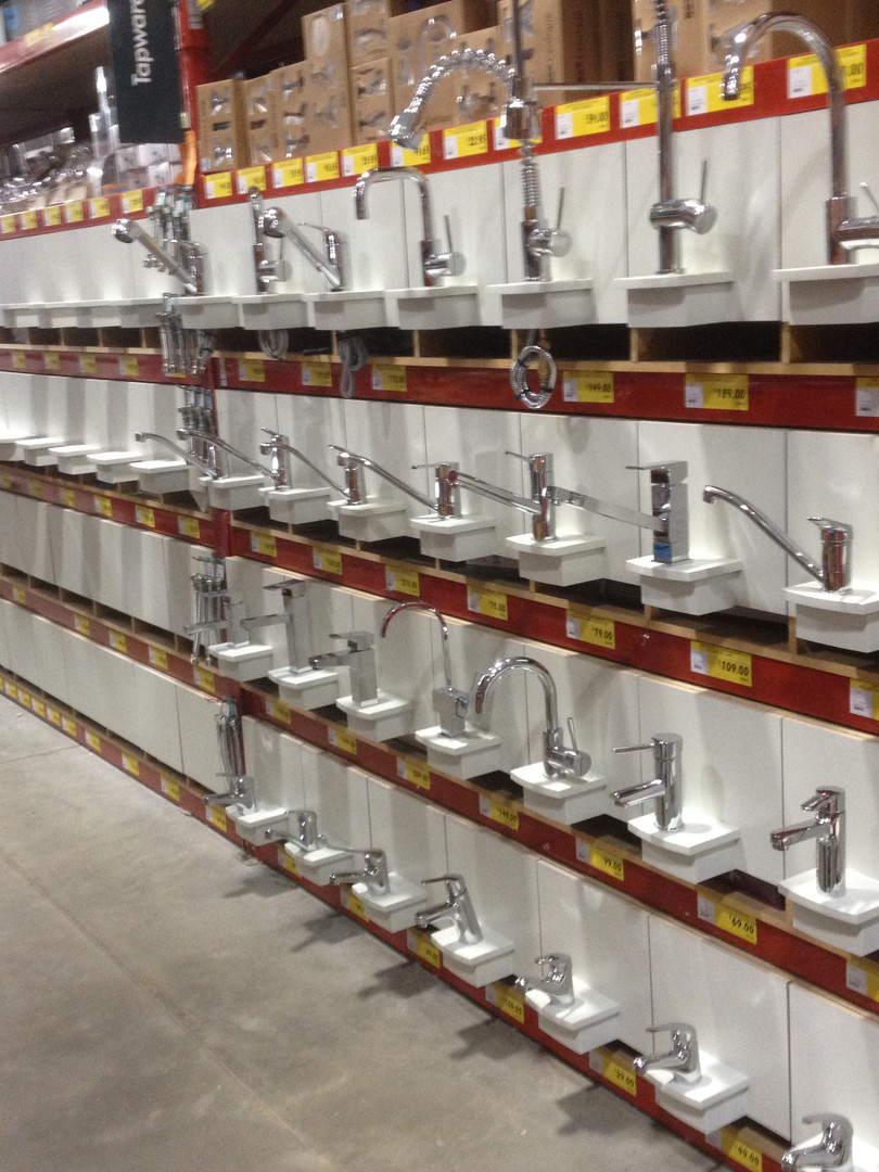 Bunnings Warehouse Taps Displays.JPG
