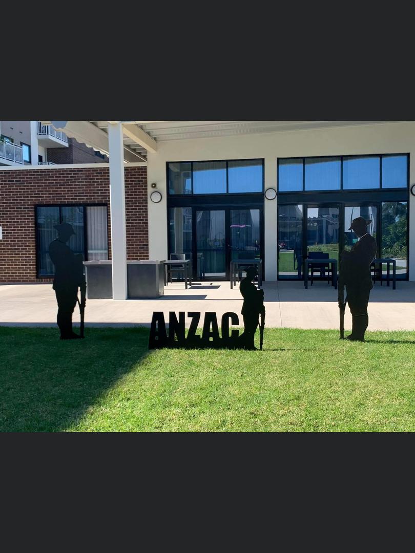 Client Anzac Soldior Display.PNG