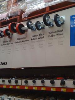 Bunnings Warehouse Displays.JPG
