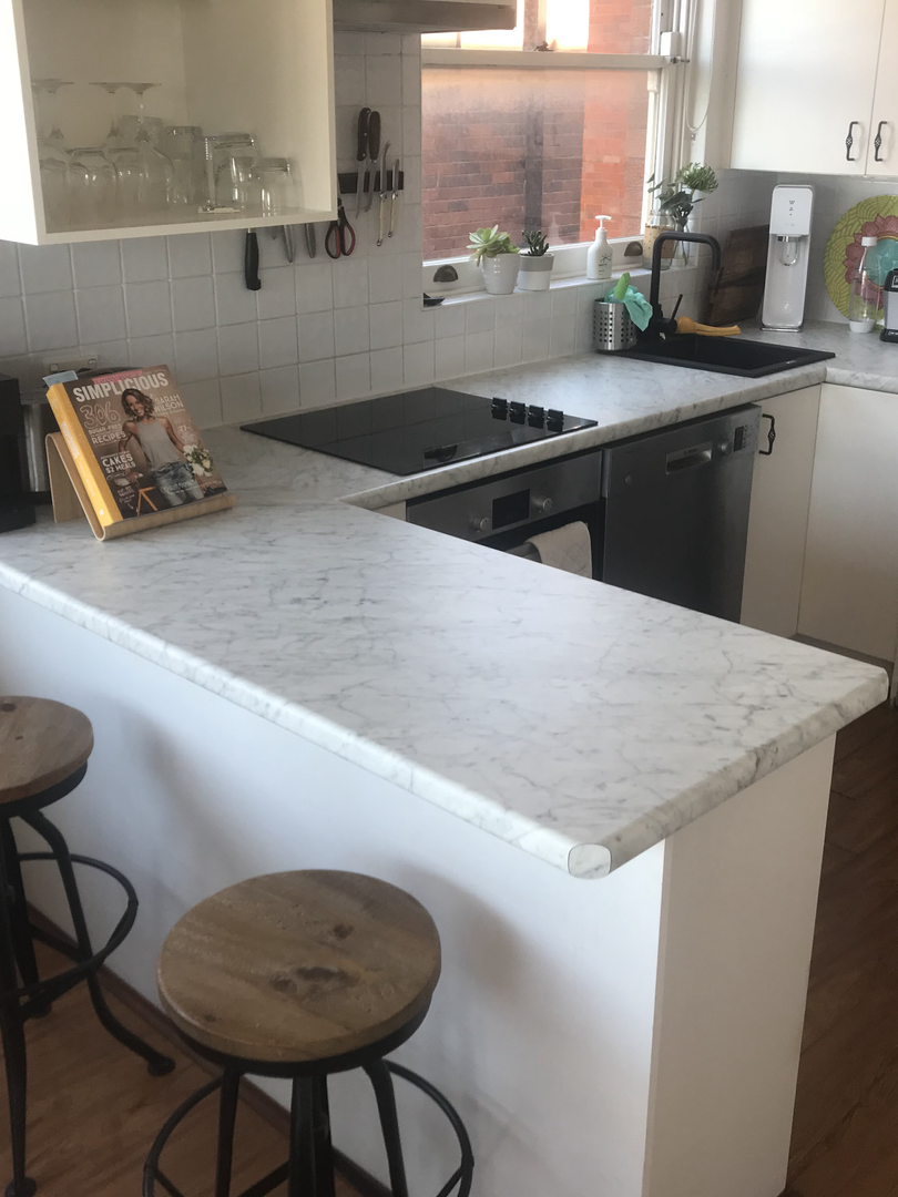Kitchen Counters.HEIC