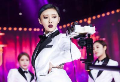 GPM, SBS와 손잡고 '마마무' '아스트로' 등 연예인과 소통하는 VR 콘텐츠 제작