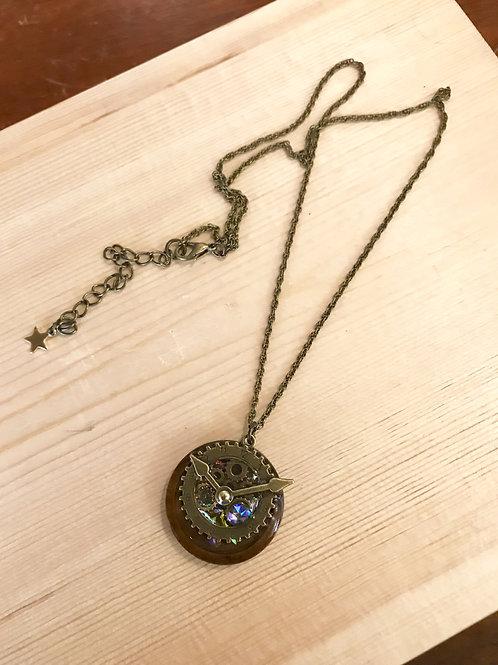 歯車ウッドネックレス1