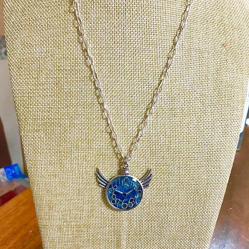 時空のネックレス ブルー