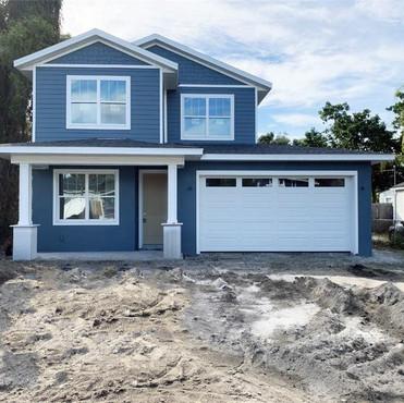 2020 Chamberlin Street Orlando, FL 32806  3 BD   2/1 BA   2,240 SF  $519,900