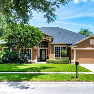 12225 Oyen Court Winter Garden, FL 34787  4 BD | 3 BA | 2,523 SF  Sold