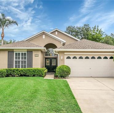364 Streamview Way Winter Springs, FL 32708  3 BD | 2 BA | 1,552 SF  Sold