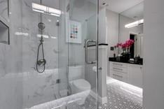 Northwest Hills Guest Bath