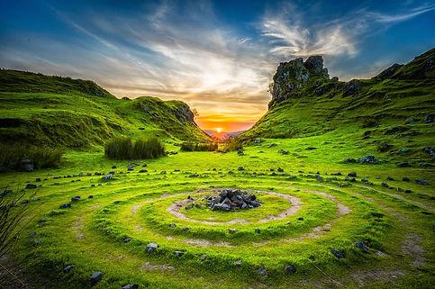 Stone circles; Robert Lukeman.JPG