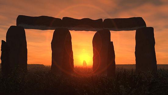 Stonehenge_heel_stone.jpeg