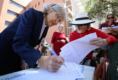 Initiative signing, Mamta Popat, AZ Dail