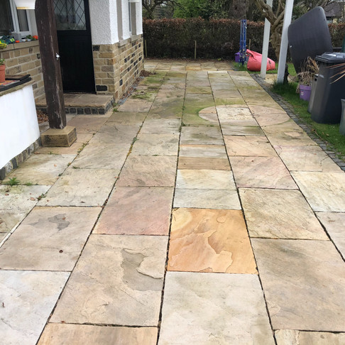 When You Want Your Indian Flagstone Cleaning In Otley Call 01274 947000