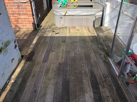 Decking Cleaning In Bradford, Leeds, Ilkley and West Yorkshire