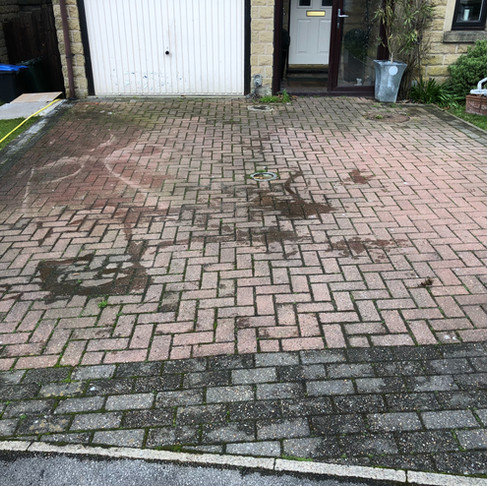 Block Driveway Cleaning in Ilkley